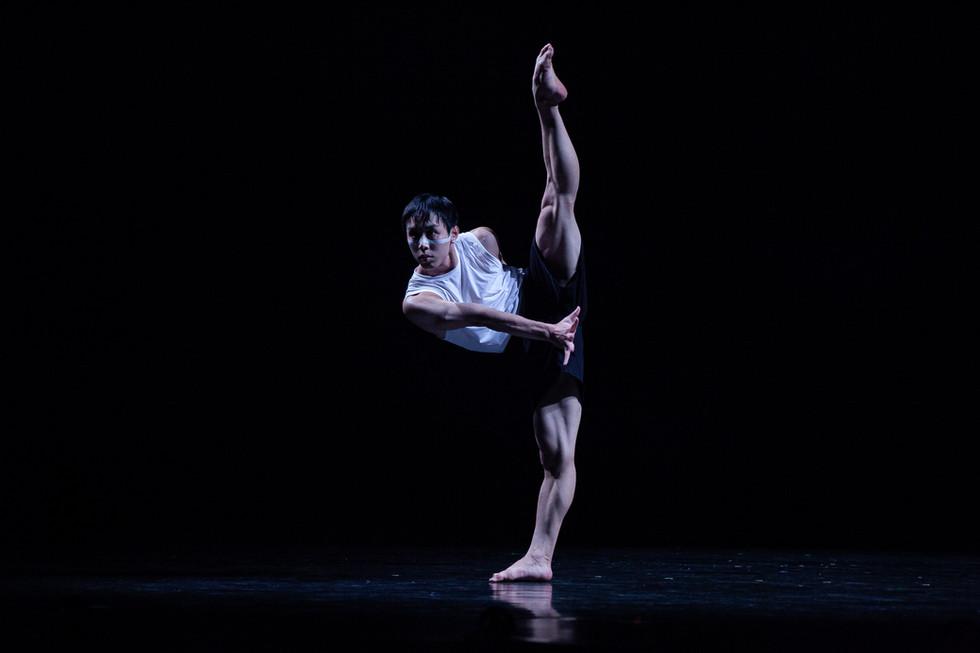 Australasian Dance Collective & Beijing Dance/LDTX