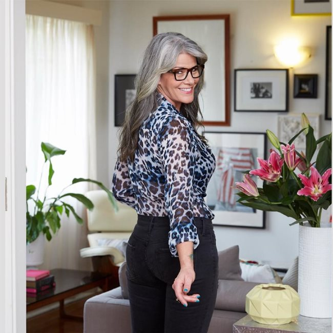 Embrace Age  image:Simon Anderson