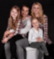 Elisabeth und Familie-36.jpg