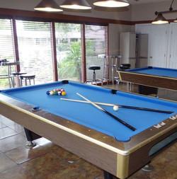 Lamplighter Ontario Billiards Room
