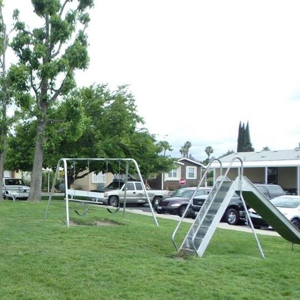Lamplighter Ontario Playground