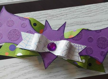 Day 3 of the 12 Days of Halloween showcases Halloween Bat Bows using Kiwi Lane A la carte Bat!