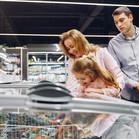 family-grocery-shopping-3985081.jpg