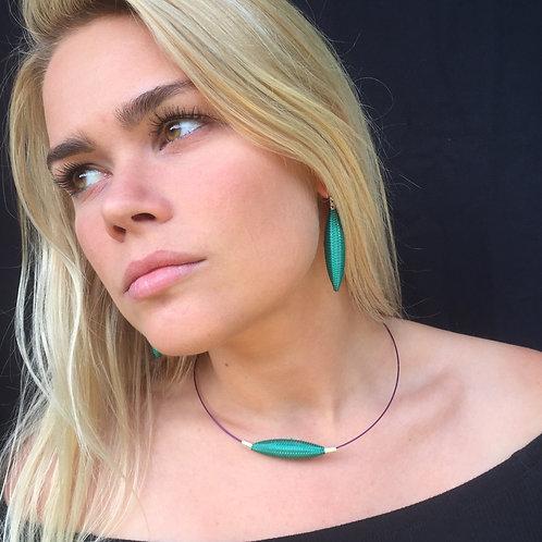 Kaelaehe / Necklace