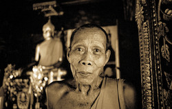 LaosMonk2-2