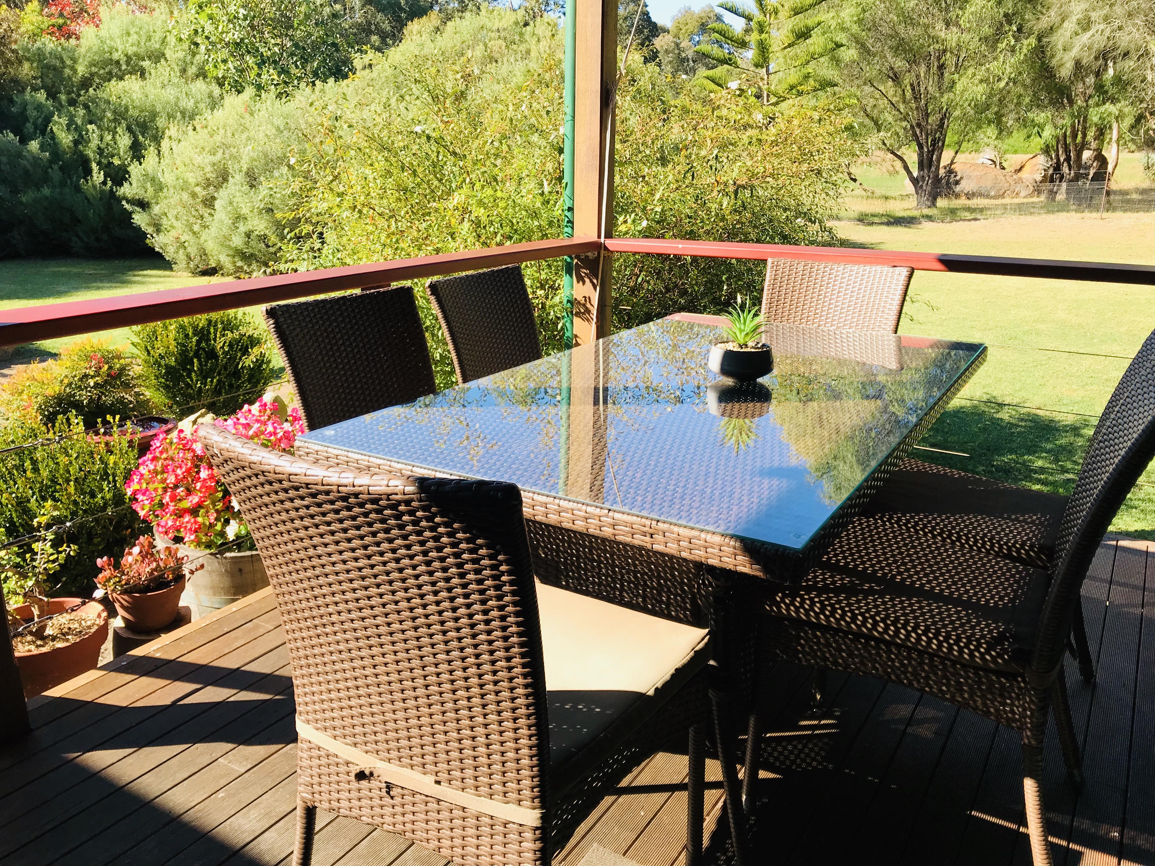 Back verandah dining