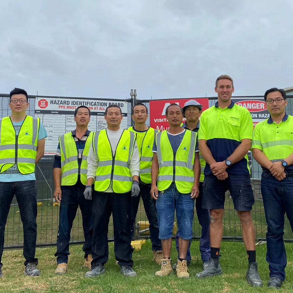 Kaukapakapa School and Riverhead School Carpenters Team
