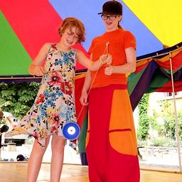 FerienStadt Zirkus Diabolo spielen