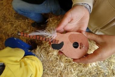 04.08 - klein (Musikinstrument)