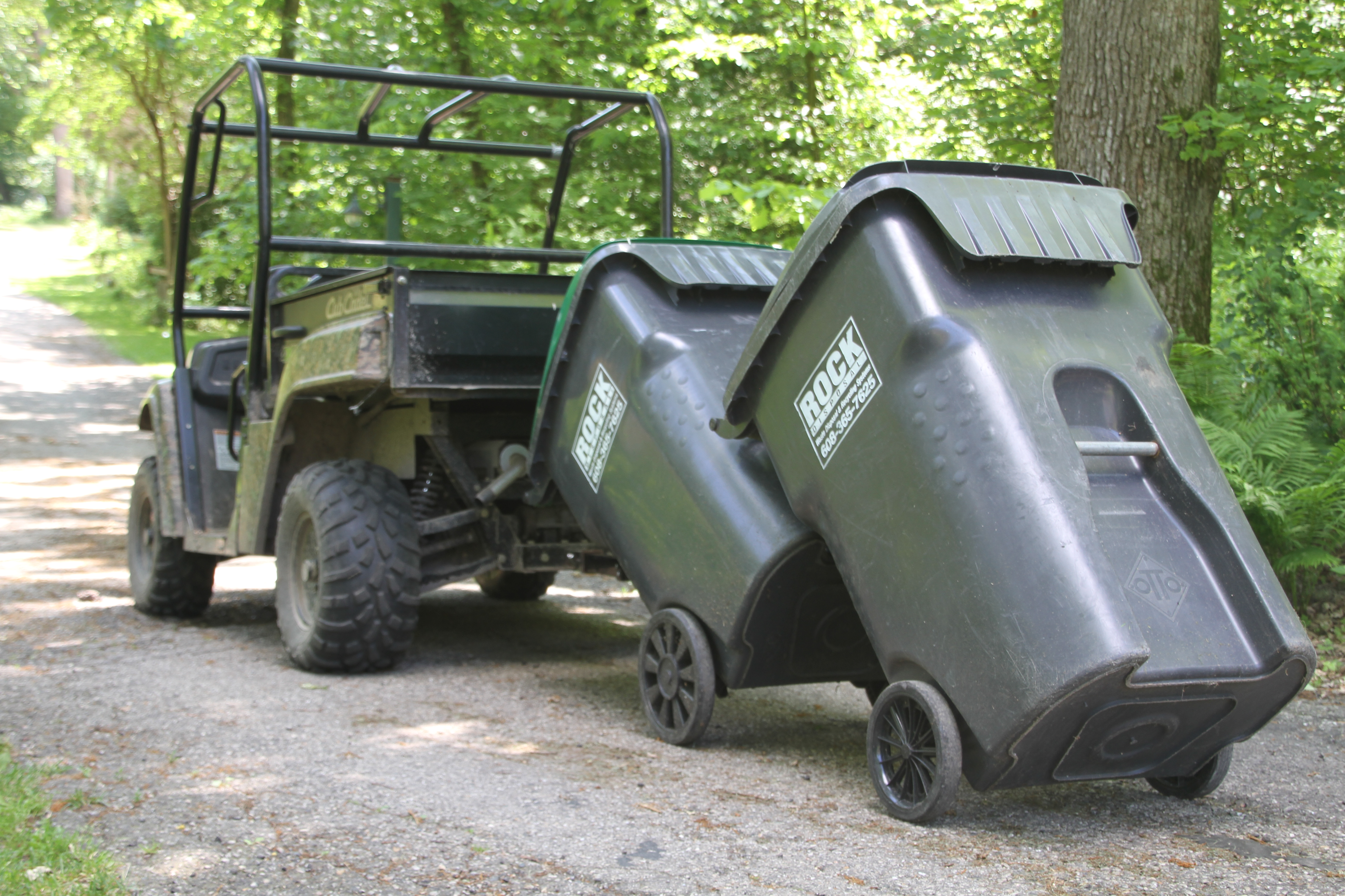 Garbage Commander | United States | Getting Trash Cans To The Road