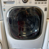 LG WASHER/DRYER combo - $1200 (#52D2D)