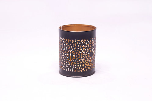 Metāla svečturis cilindrs