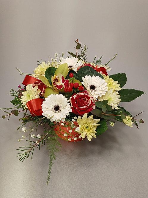 """Spraustu ziedu kompozīcija """"Box"""""""