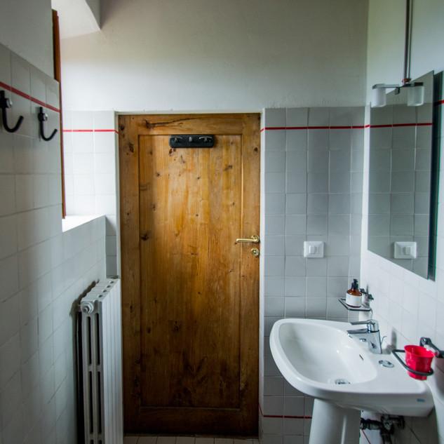 Bathroom /01