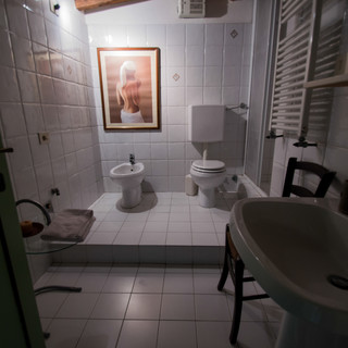 Bathroom /01