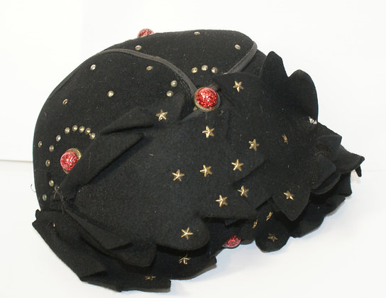 A 1930's Hat