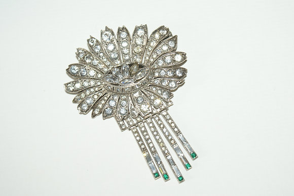 A Stunning Articulated Paste Art Deco Brooch