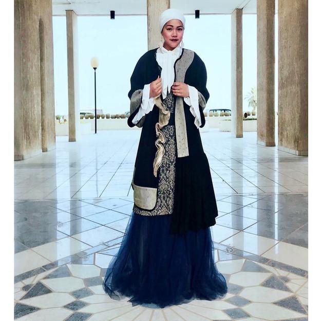 Irena Funduk Fashion - Stars in us