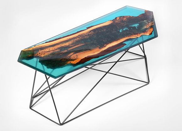 "Table ""Aurora"""