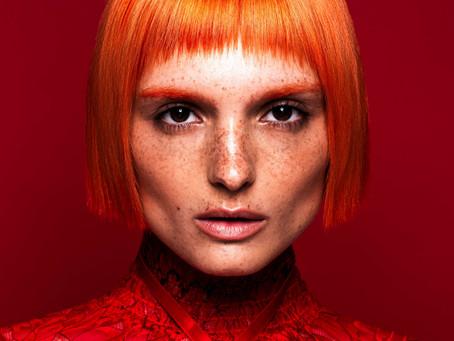 Plaukų stilistai: išskirtinė spalva grįžta į madą