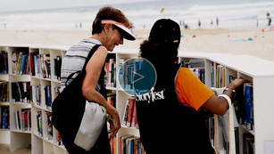 Somerset Storyfest Beach Library