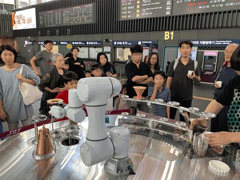 2019년 강남페스티벌 로봇 · ICT 전시회 CAFÉMAN HD-01