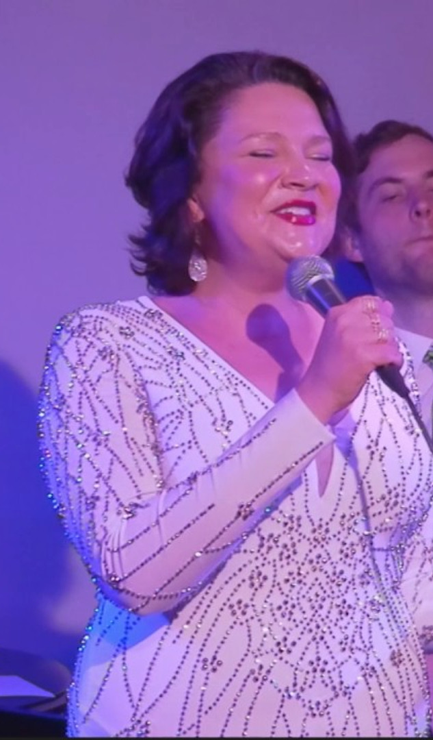 Rose Colella Live