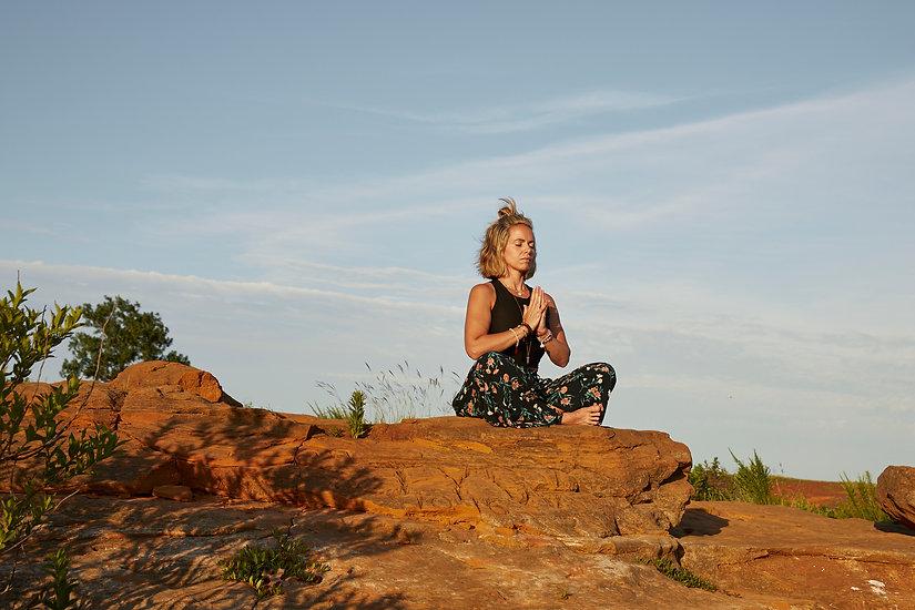 250518_Angela_Hendry_Yoga_0588.jpg