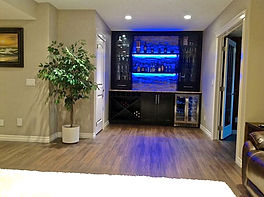 Basement entertaining bar renovation
