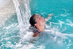 mini-cure-thermale-mal-de-dos-eau-aquagy