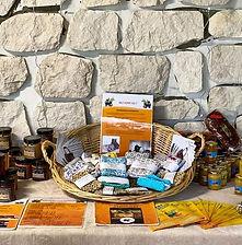accessoires écoresponsable lingettes et éponges écologiques en vente à la ferme des minis chapeaux de paille de Saintry sur Seine