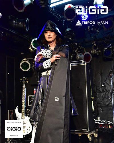 Toshi.jpg