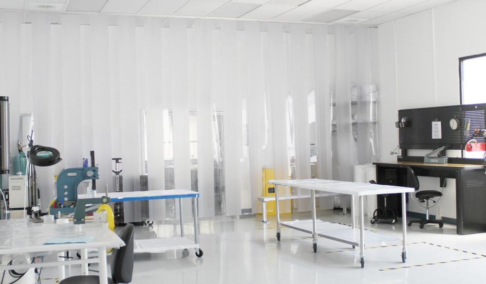 Class 10,000 Clean Room_2