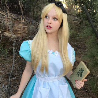 Alice Party Character