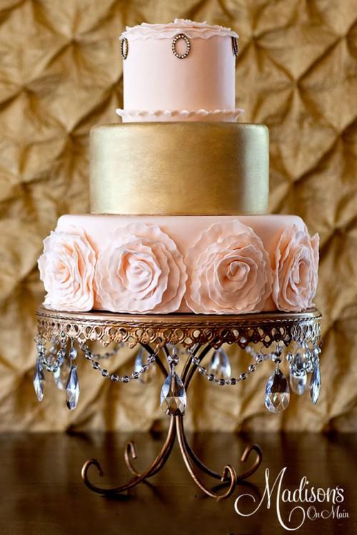 fascinating-gold-wedding-cakes-6-500x750