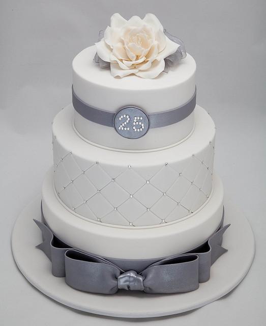 25th-wedding-anniversary-cakes