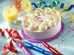 cake-holiday-birthday-juice-confetti-umbrellas-soufflés-meringues-and-sprinkled