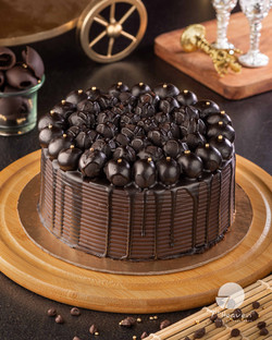 Chocolate bombs cake