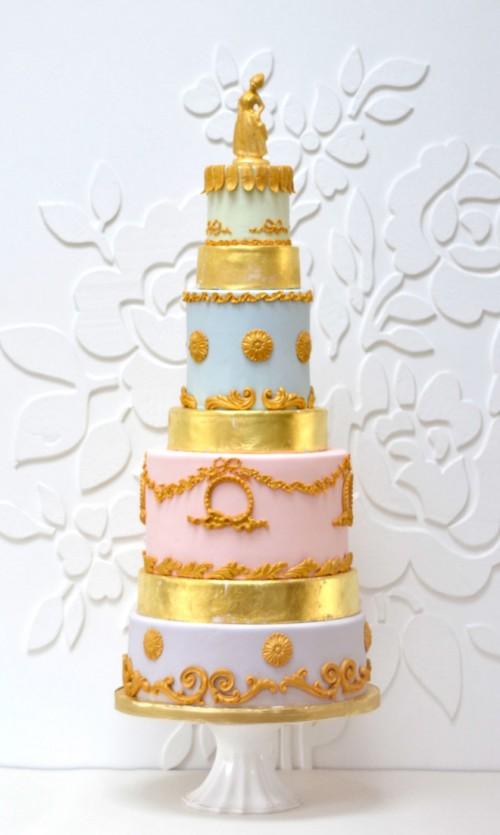 fascinating-gold-wedding-cakes-7-500x835