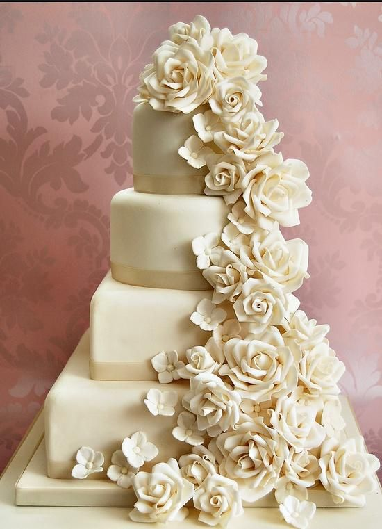 Topsy Rose Romantic Cake - CDR 2882
