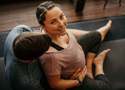 Shantelle Prenatal Yoga IG-3.jpg