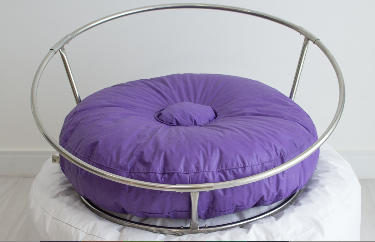 Phenomenal Mini Stand With Colored Bean Bag Donut By Paloma Schell Inzonedesignstudio Interior Chair Design Inzonedesignstudiocom