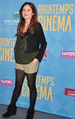 Camille Chemoux comedienne