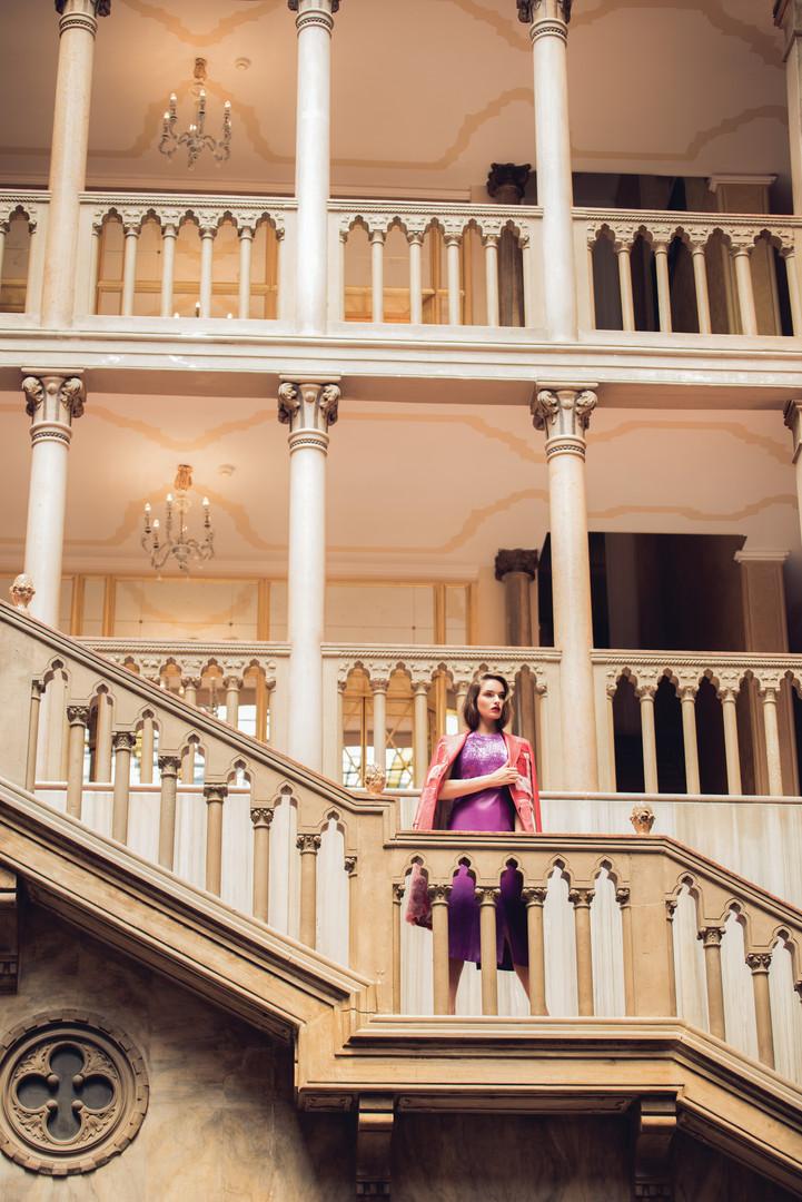 Carmel, a Journey in Venice