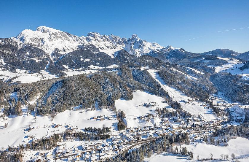 Annaberg-Lungötz im Winter.jpg