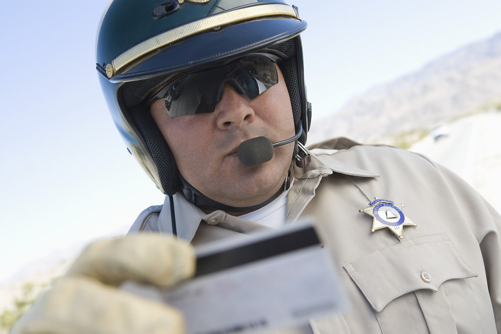 Identifying yourself to a police officer in Missouri