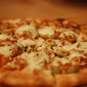 SAUSAGE & GREEN OLIVE PIZZA