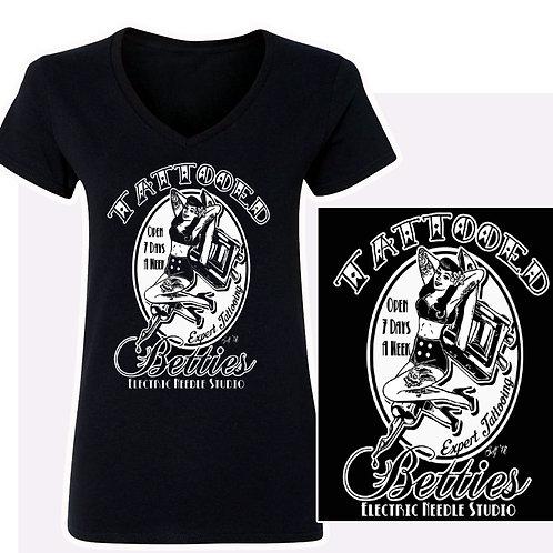 XXL-3XL Women'sTattooed Betties  V-Neck T-Shirt