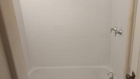New Tile Bath Surround
