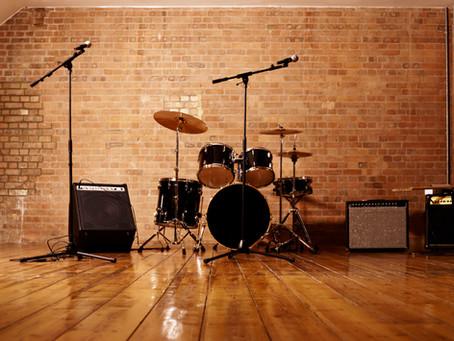 家にドラムがなくても練習できる方法!